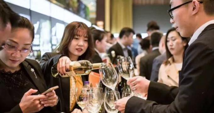 Cresce la quota di vino importato in Cina